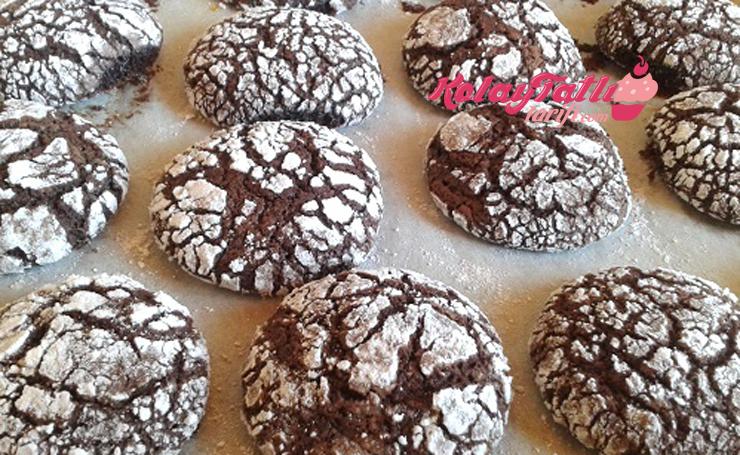 cikolatali catlak kurabiye