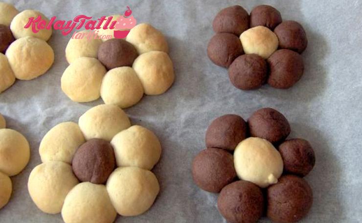 cicek-kurabiye