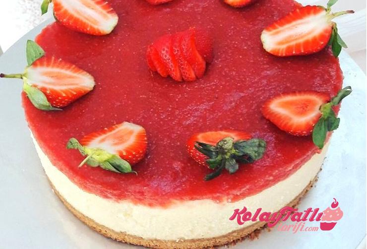 cilekli cheesecake