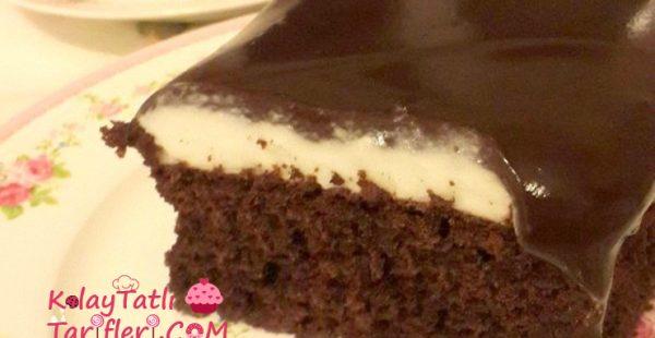 Çikolata Soslu Krem Şantili Kek Tarifi
