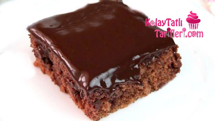 cikolata soslu tepsi keki